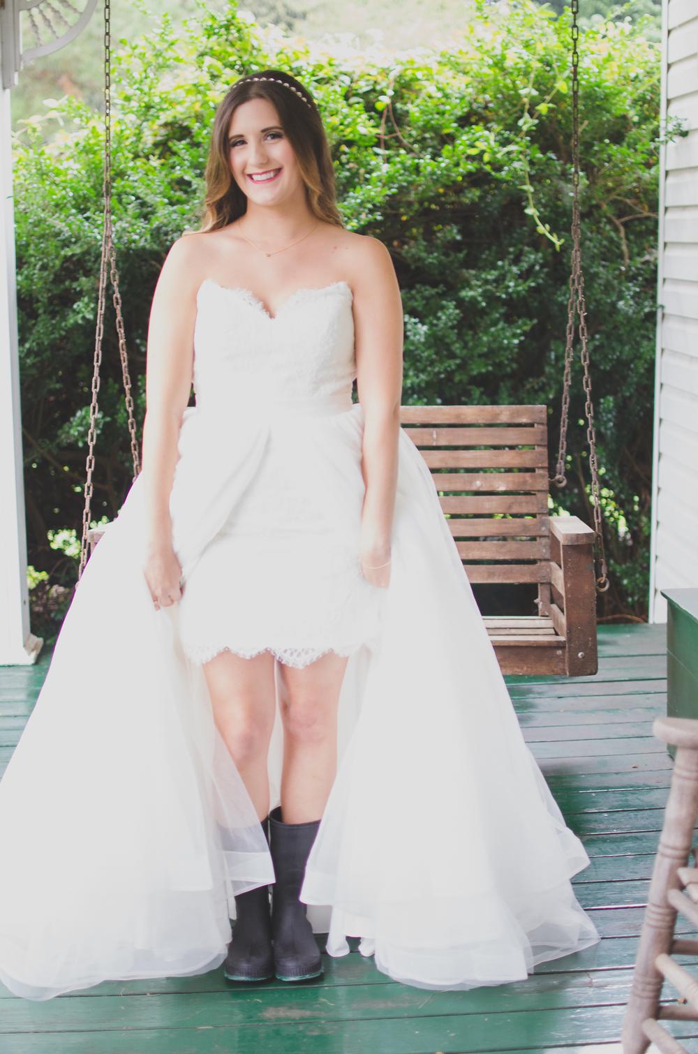 The Glasgow Farm Wedding bride Photo