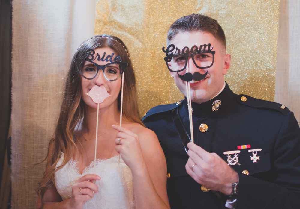 The Glasgow Farm Wedding bride and groom photobooth Photo