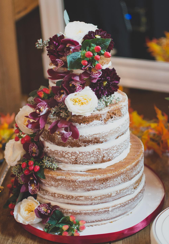 The Glasgow Farm Wedding cake Photo