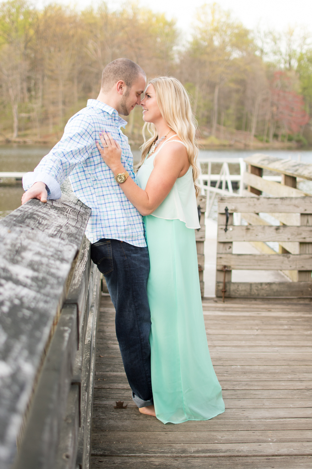 cunningham falls engagement session photo couple on pier