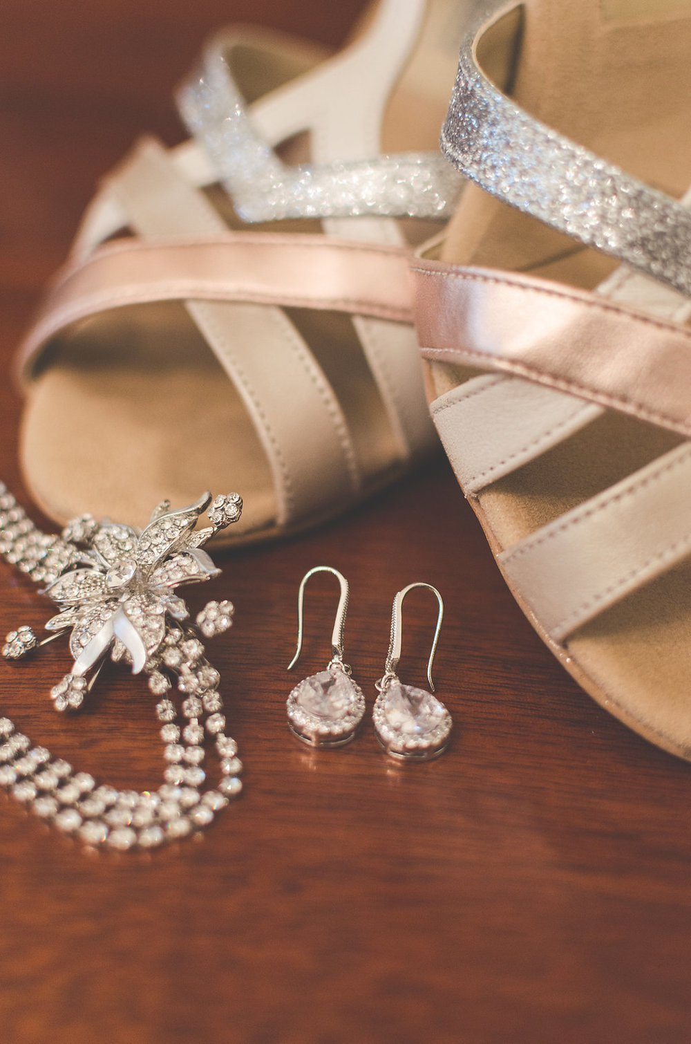 wedding bride details and jewelry old town alexandria