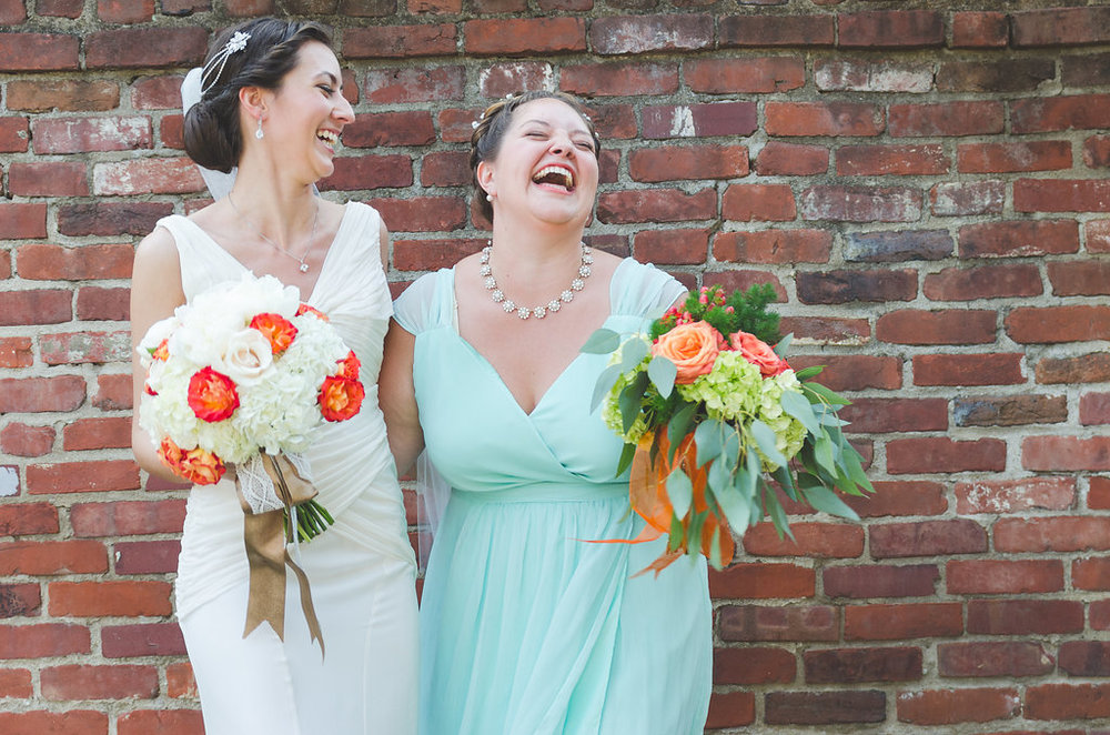 chic girl flowers maid of honor wedding bridal party bridesmaid old town alexandria