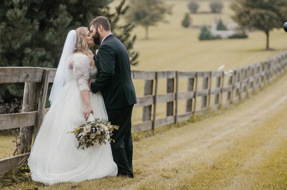 serra valley bride and groom portrait photo
