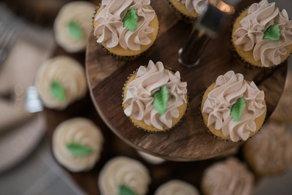 wedding cupcakes ceresville mansion photo