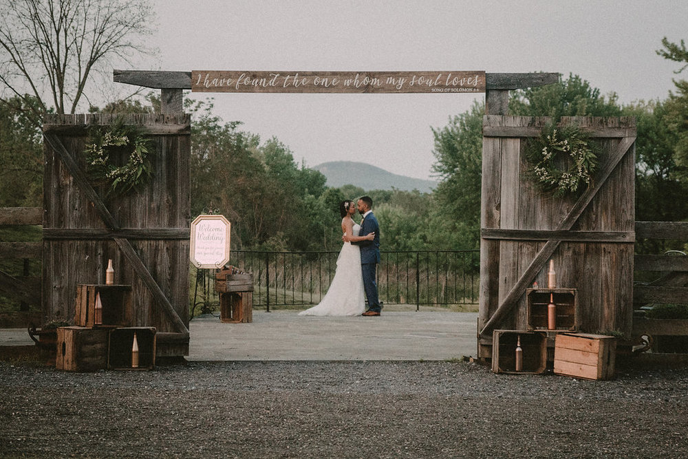 bride and groom at sugarloaf mountain photo