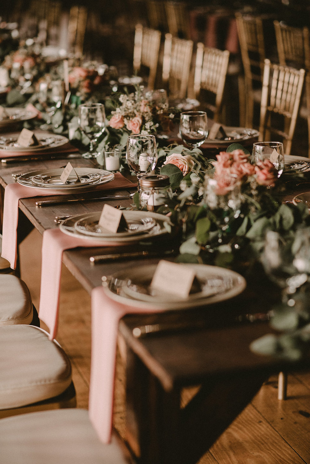 rustic table setting decor at riverside on the Potomac wedding photo
