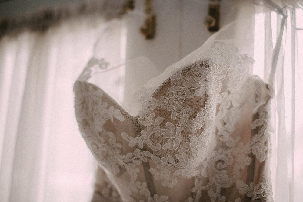 bridal dress at raspberry plain manor photo