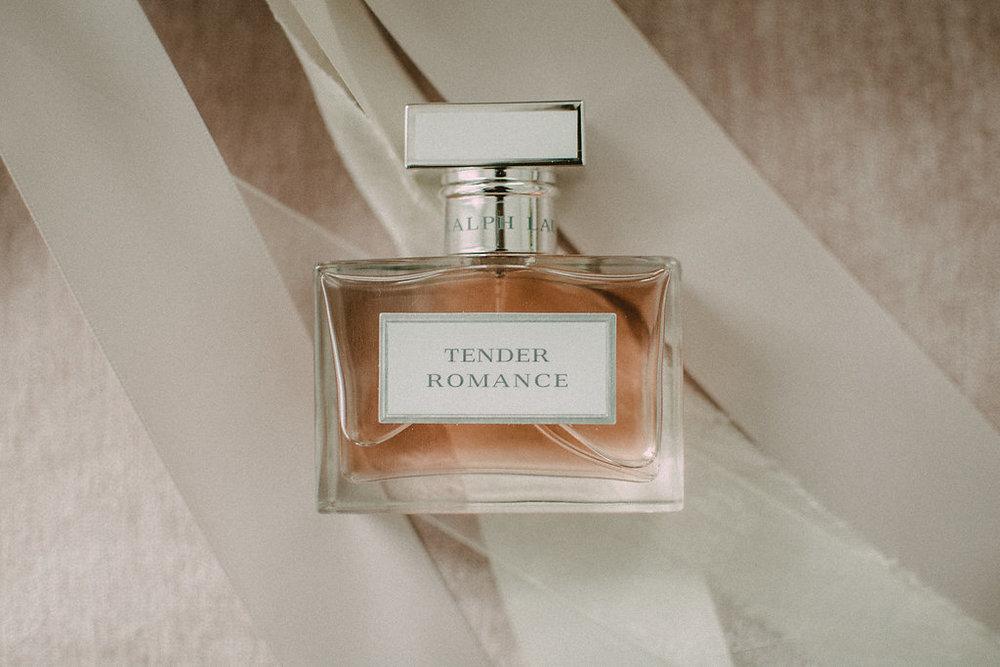 perfume bridal details photo