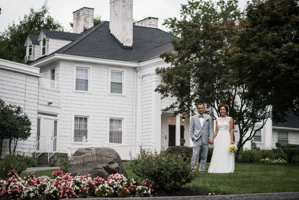 Bride and groom at overhills mansion