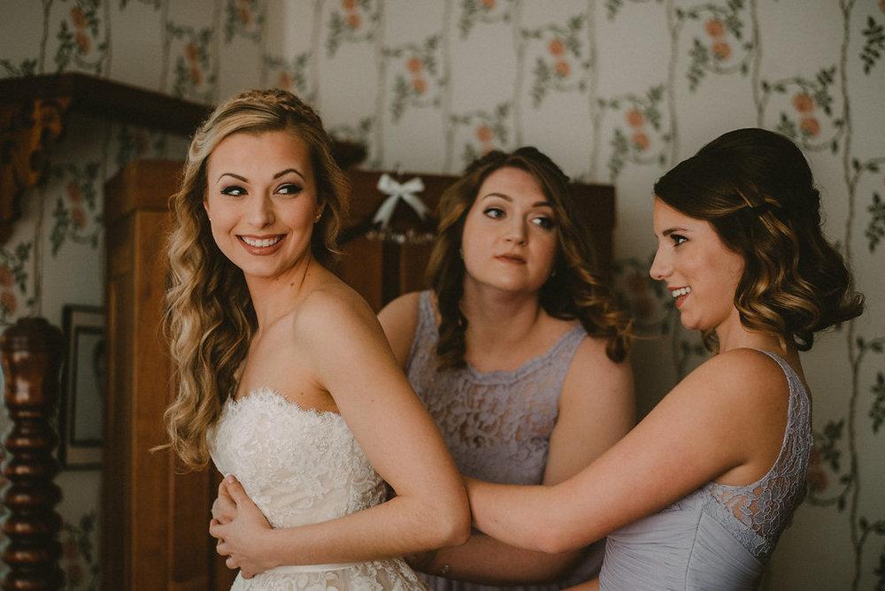 bride+stepping+in+dress+photo.jpg