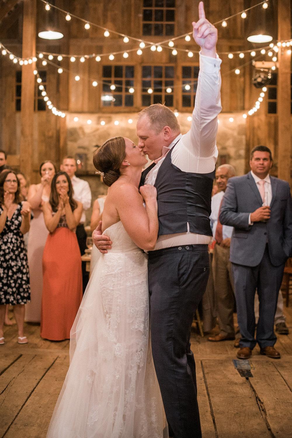 Bride+and+groom+on+the+dance+floor.jpg
