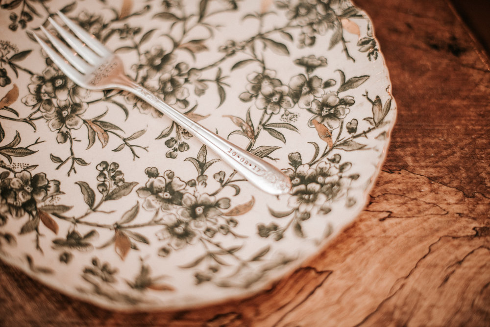 Green patterned plate at wedding