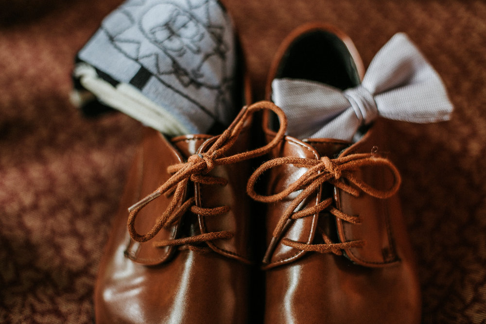 Grooms shoes, bowtie and socks