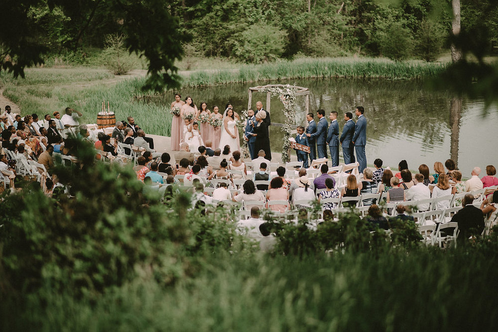 Best Loudoun County Wedding Venues Riverside on the Potomac Photo