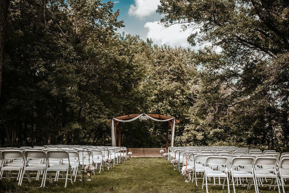 Outdoor Wedding Venue at The Woodlands at Algonkian