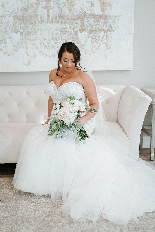 Bridal Portrait at Blue Valley Vineyard