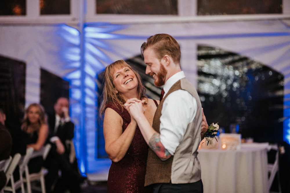 groom dances with mother at Braehead Manor