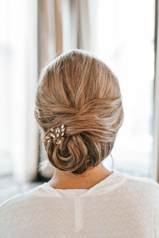 detail shot of bride's hair at Hotel Monaco