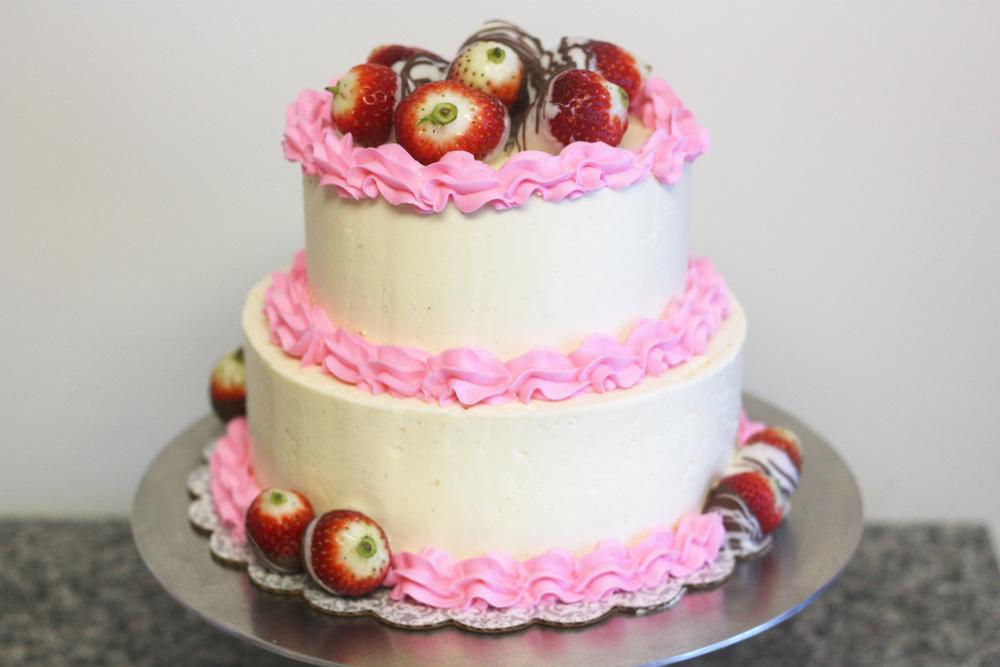 strawberry cake 3.jpg