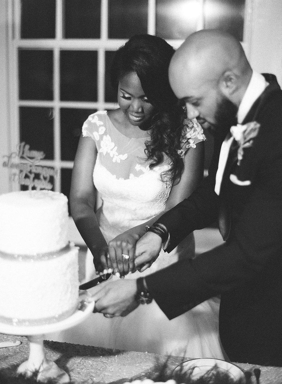 Raleigh_Wedding_Cake_Sugar_Euphoria-299.jpg