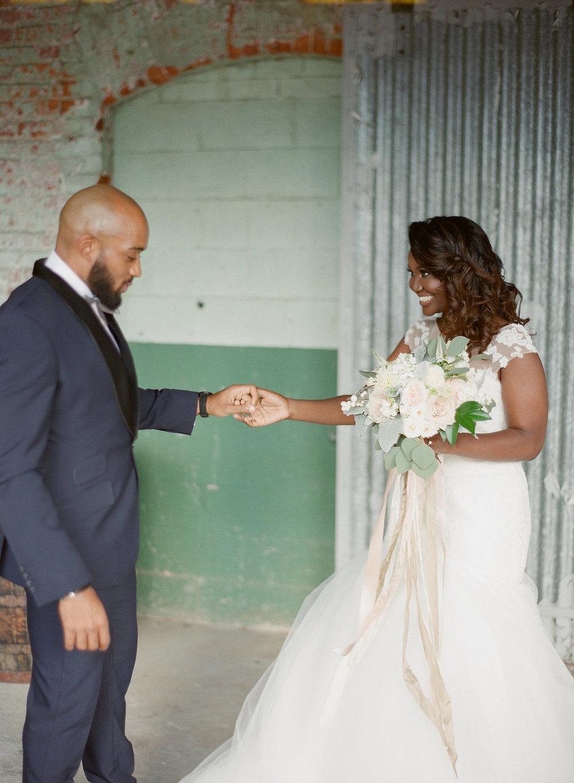 Raleigh_Wedding_Cake_Sugar_Euphoria-138.jpg