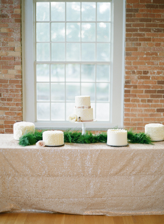 Raleigh_Wedding_Cake_Sugar_Euphoria-266.jpg