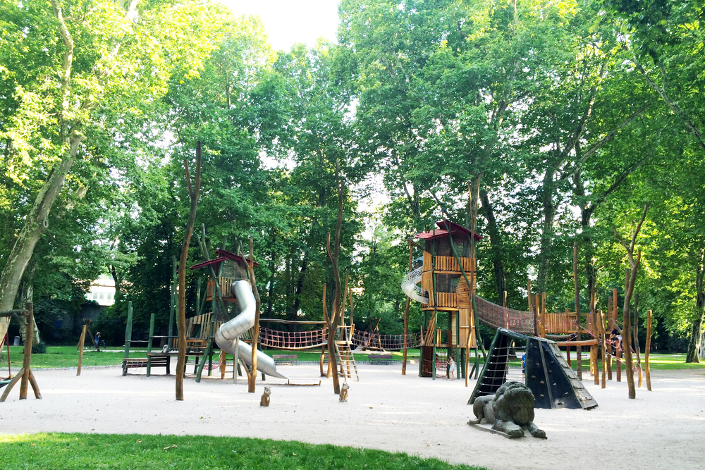 Germany has SUCH neat playgrounds! This is just one example...