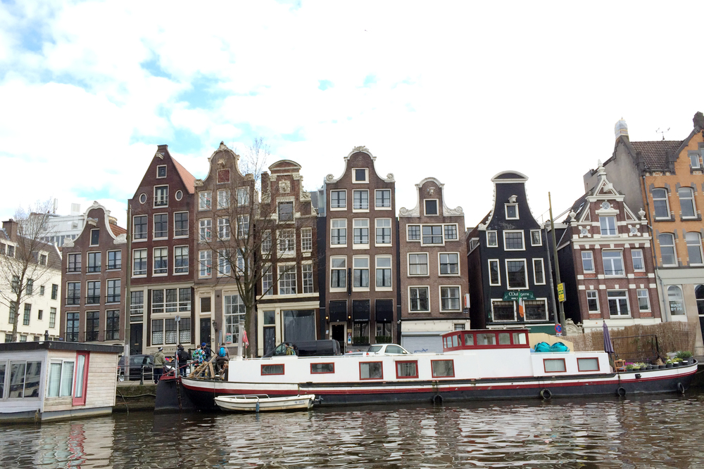 I liked all the leaning houses (like the one in the middle) and the permanent houseboats.