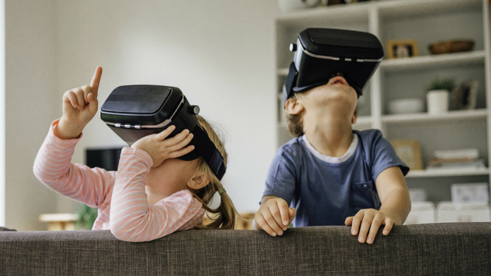 are-virtual-reality-games-safe-for-kids-1024x576-1522778958.jpg