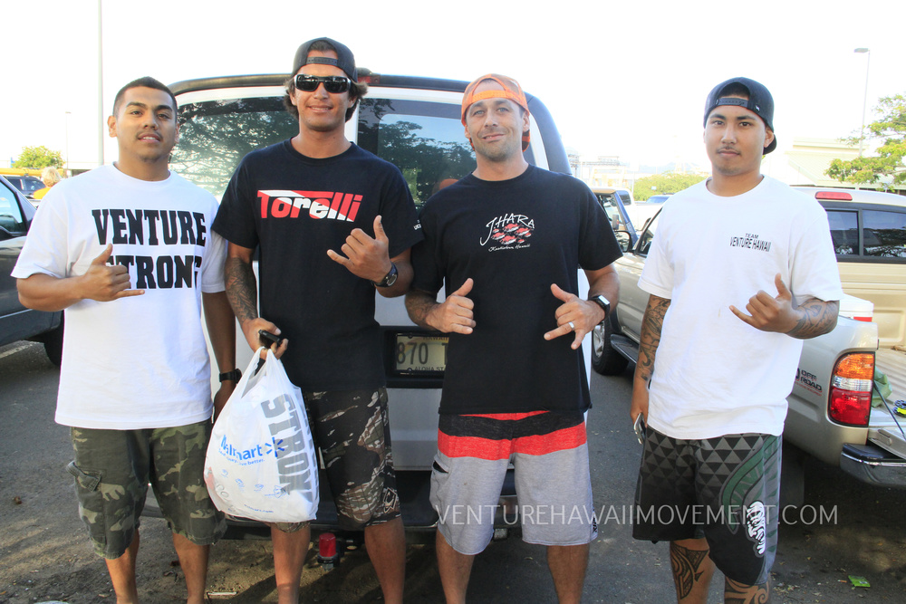 While at the Hawaii's Most Wanted Dive Tournament we were able to meet Woody Brown and Jon Wolfe as we hooked them up with some shirts and stickers to rock up in Tahiti.