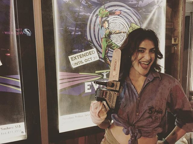 This Groovy deadite came to celebrate all that is grotesque and gory with us tonight! @adorkable_ash #evildeadthemusical #longbeach #theatre #evildead2 #horror #ashwilliams #ashwilliamscosplay #horror #evildead2