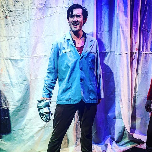 That's right, he sings, he dances, he cuts down evil with his one good hand! #ashwilliams #theatre #horror #evildeadthemusical #evildead2 #armyofdarkness