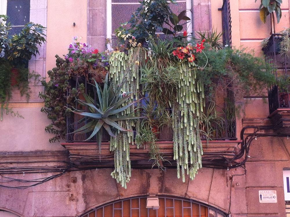 Balkonalkon_Barcelona.JPG