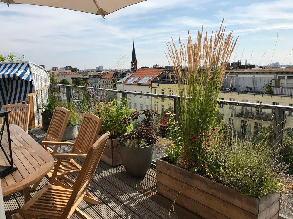 Super Dachterrasse/Balkon — Nelka - Dachterrasse, Balkon, Innenhof &VC_39