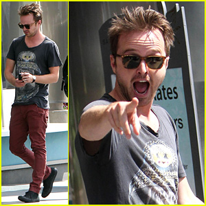 The stupid expressions that Aaron Paul seems to do every time a camera sees him doesn't help his case for trying to be bad-ass.