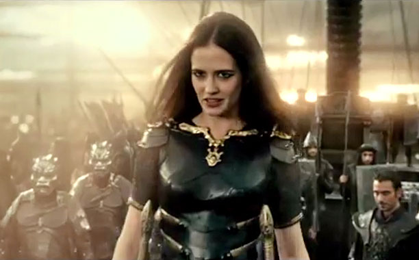 A little something for the men, Eva Green portrays Artemisia, who combines sex appeal and being a sociopath into one lovely, deadly little package.