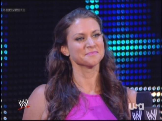 This is one of those horrible screenshots where if you stare at Stephanie for more than 15 seconds she morphs into Vince.