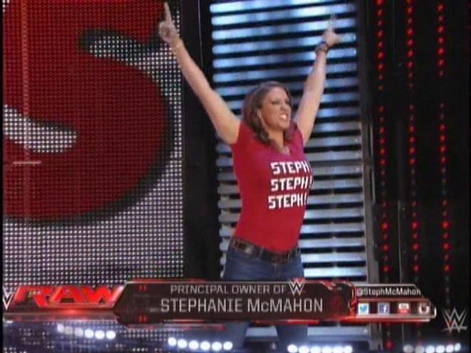 Stephanie Mcmahon Wwe 2014