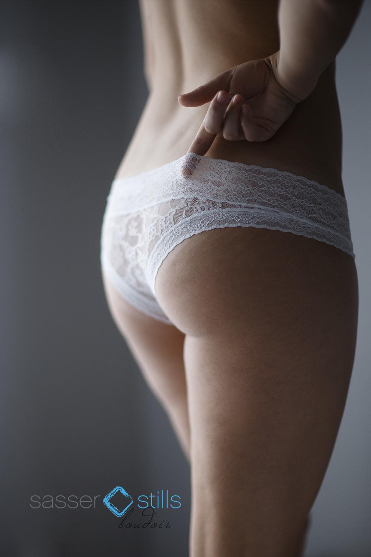 SexyWomanPhotographer-0003.jpg