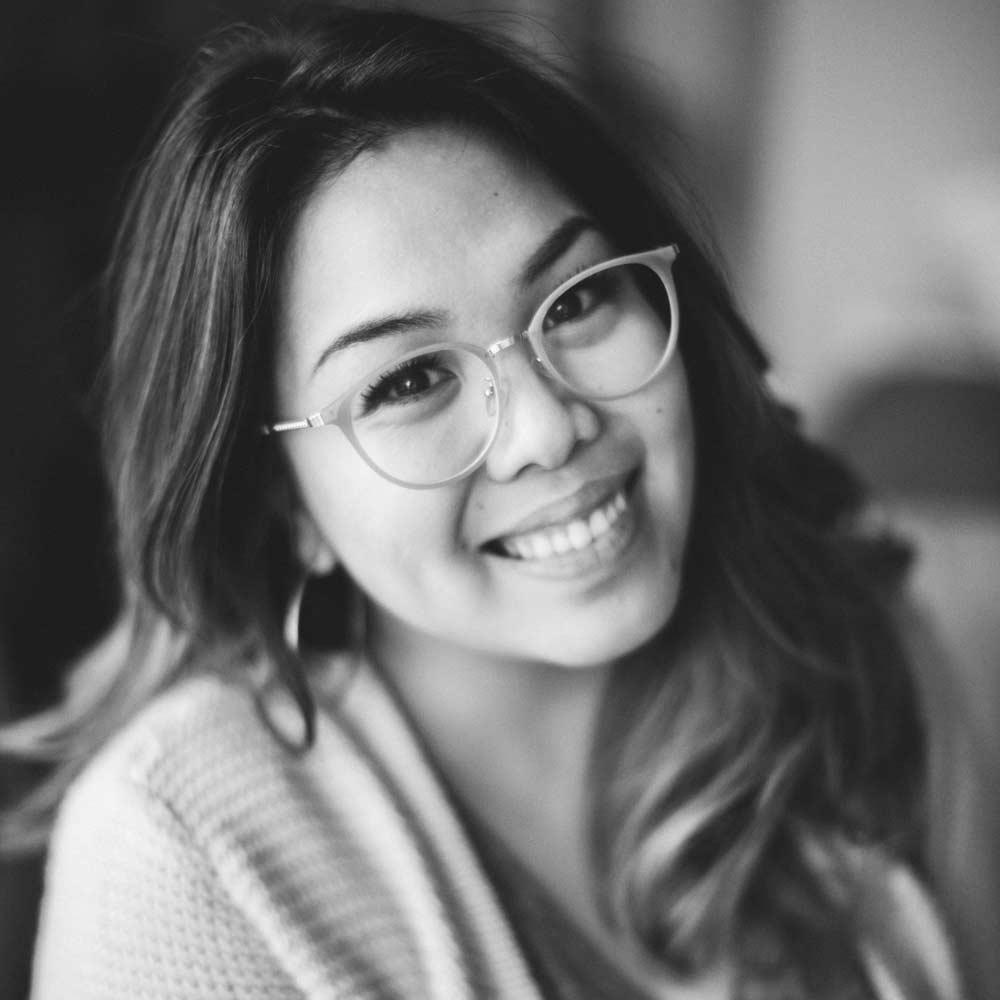 Vivian Tran Headshot