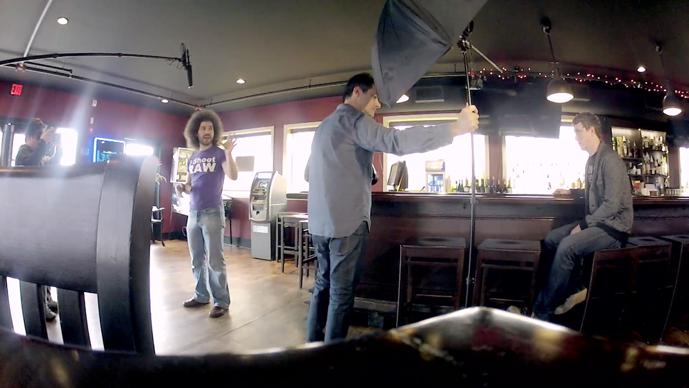 Voorbeeld van een shoot in een bar.