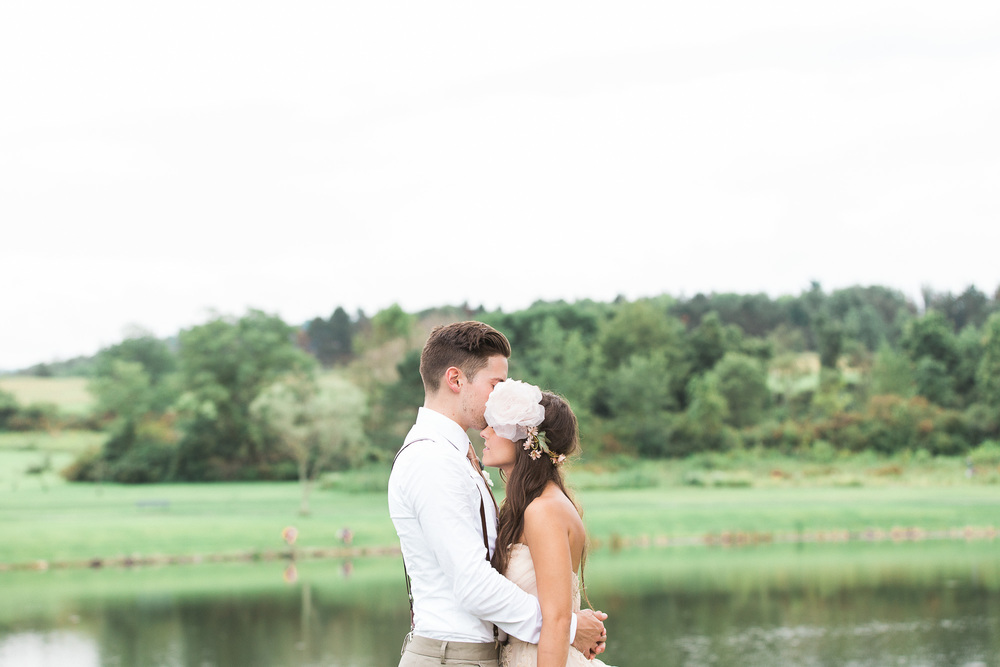 outdoor-pittsburgh-wedding-photographer.jpg