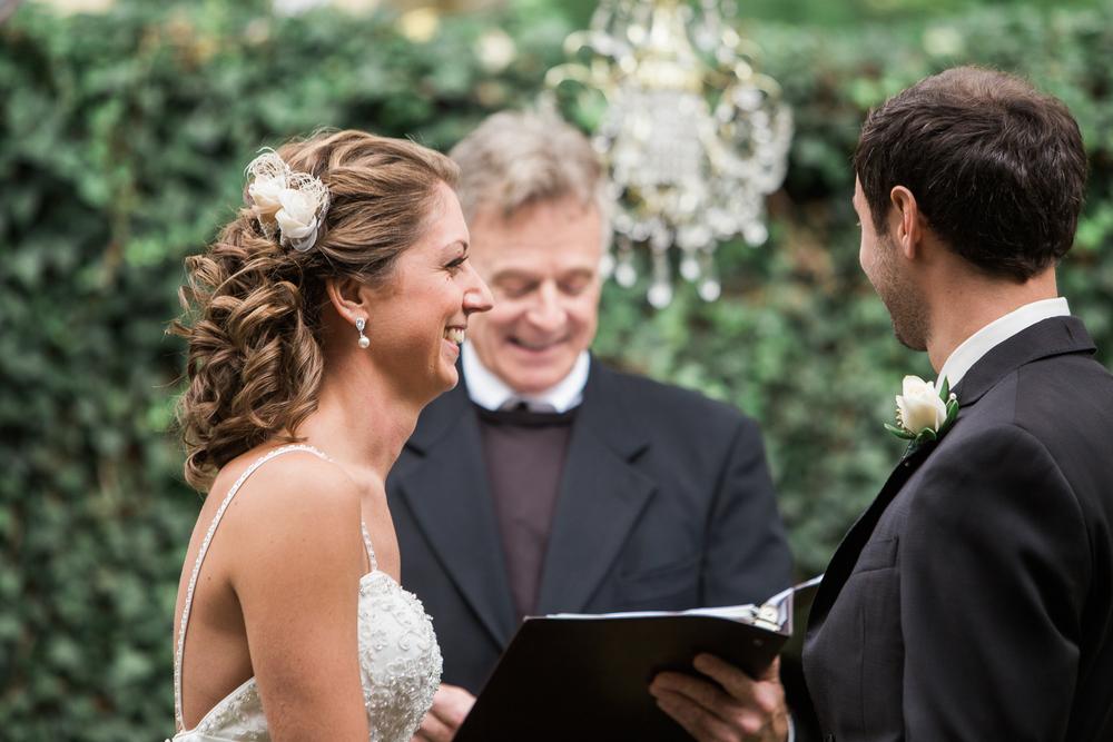 point-breezeway-pittsburgh-wedding-photographer.jpg