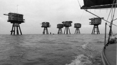THAMES FILMwith LIVE SCORE BY MINIMA [U] Incorporating archive film from 1921-1951, panoramic photographs taken in 1937.Raban centres a study of the sites of modernity, and the meanings that time has inscribed into them, on the Thames, juxtaposing shots of the river in 1986 with readings from Thomas Pennant's Journey from London to Dover. Live score by Minima and Stephen Horne. Dir William Raban [1986] Minima's music is a 21st Century interpretation of the images of silent film. Cantrell Field 22:30