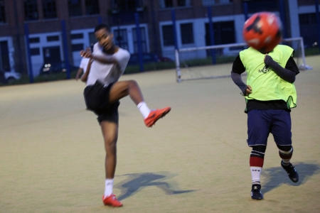 SPORT  [FREE]    Kickabout  [all ages] Mo AHMED shows Mile End how to play ball. Join a team and tackle the greatest players in the streets of Mile End for a kick around. SIGN UP AS AN INDIVIDUAL OR TEAM  HERE   1PM | Cantrell field