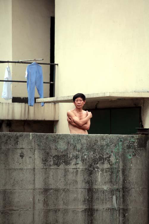 shanghai-steel mill-pijamas-enzo-dal-verme.jpg