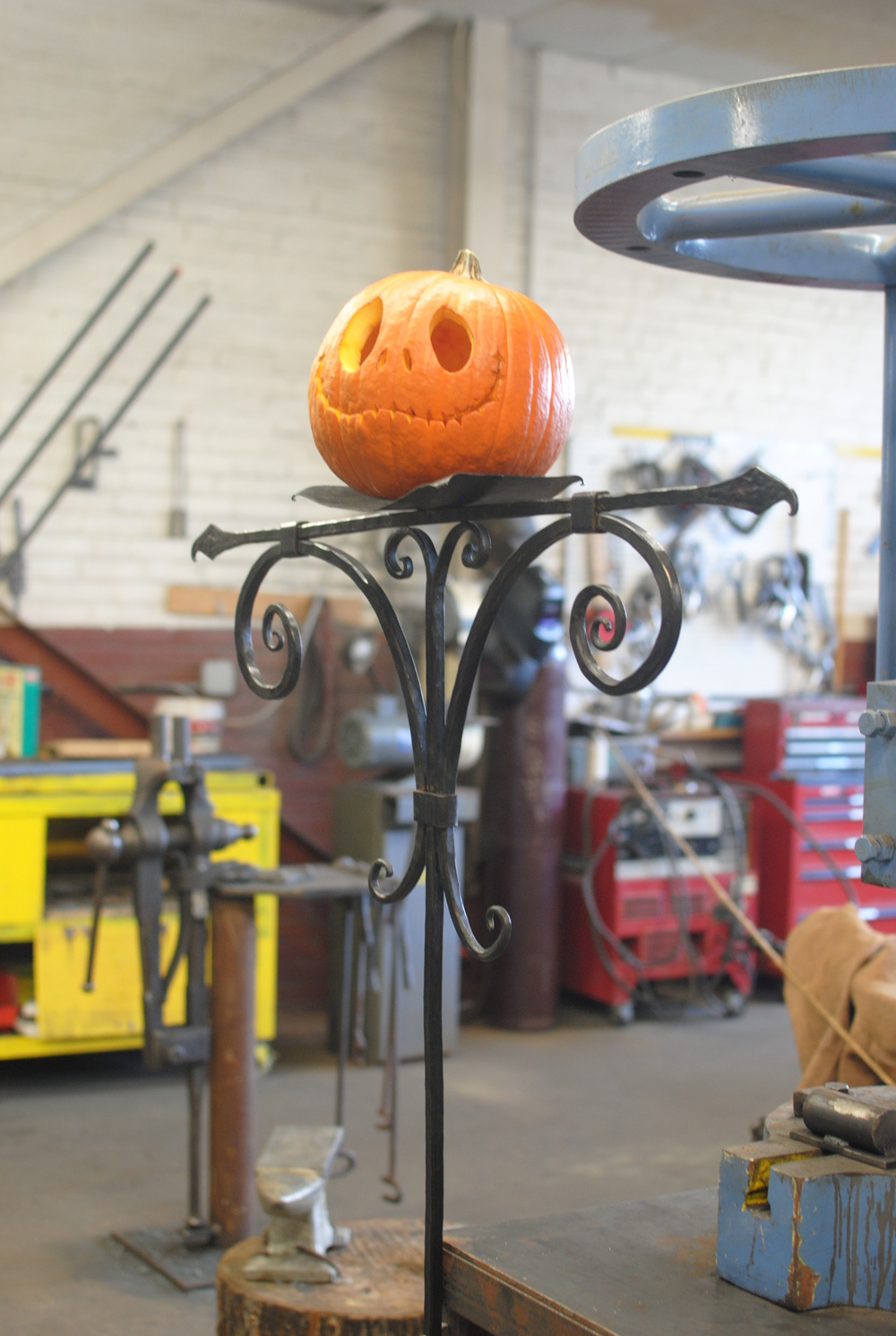 Pumpkin-stand-PH2013.JPG