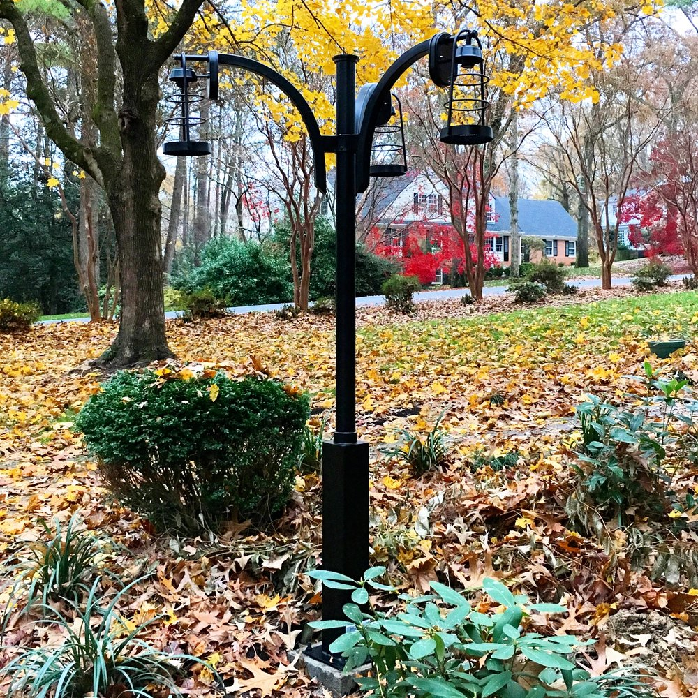 Residential lamp post