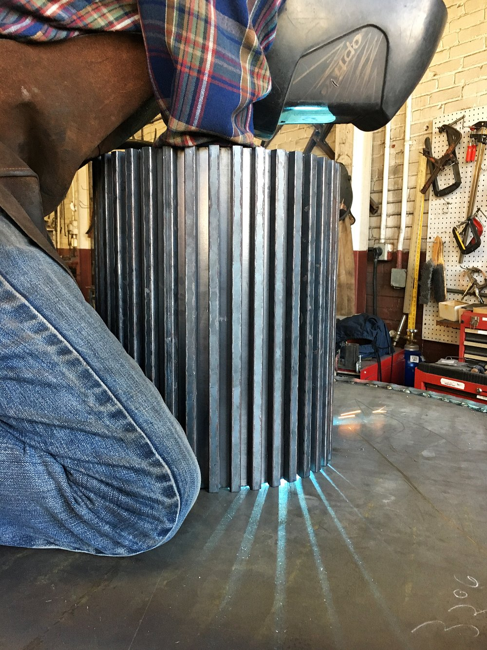Welding a gear table