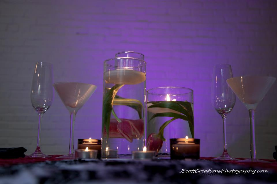 Fete By Design - Tulips + Candles Centerpiece